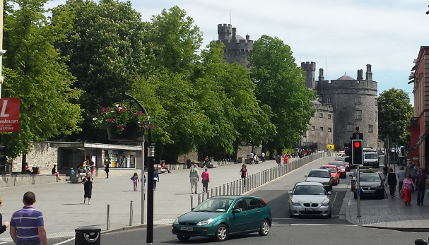 kilkenny-street_cuudbw