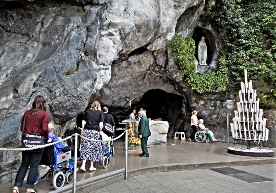 Lourdes grotto (1)